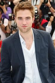 7 Julio - Nueva Entrevista a Robert Pattinson con Wirtschafts Woche - Habla de Cosmopolis, Twilight y sobre Invertir su dinero. ImagesCASX3YQJ