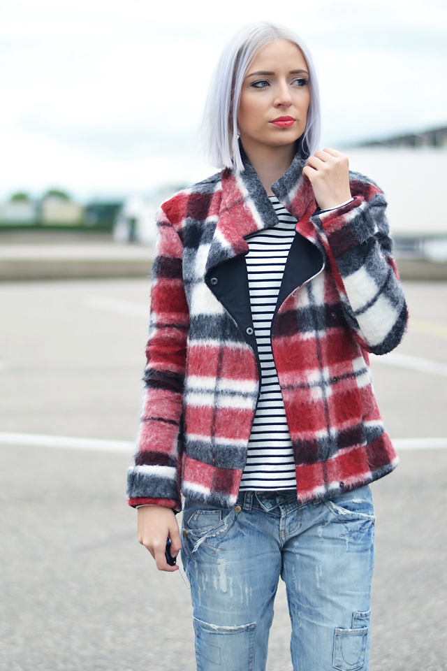 Turn it inside out // Tartan weekday