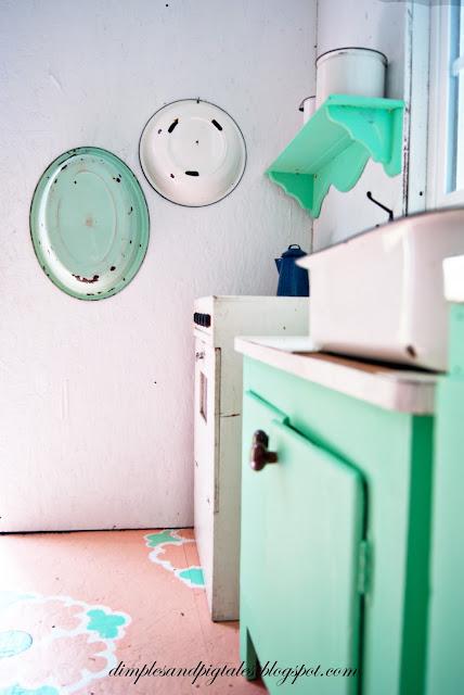 Vintage Enamelware + mint green kitchen