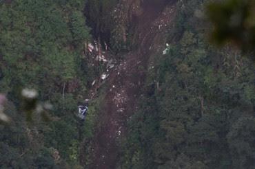 kecelakaan sukhoi super jet 100 gunung salak