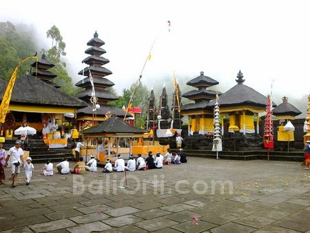 9 bad things about bali bali orti tour and travel guide for Agung decoration