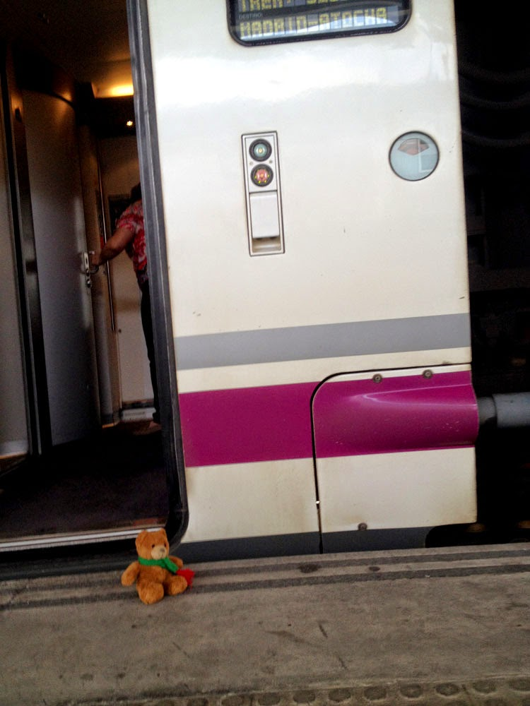 Renfe AVE Class 102, photo taken by Andie Gilmour in Valencia station