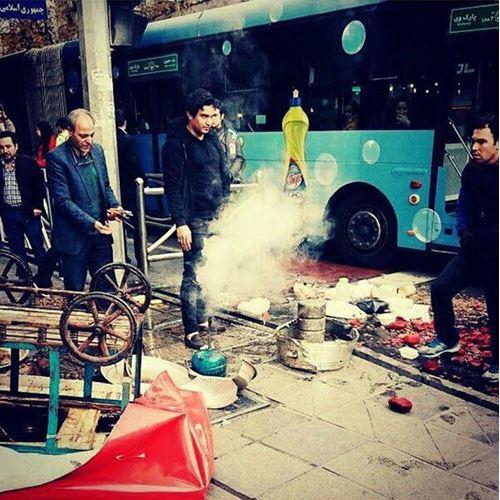 ایران-تهران خیابان جمهوری حمله ماموران شهرداری به یک لبو فروش