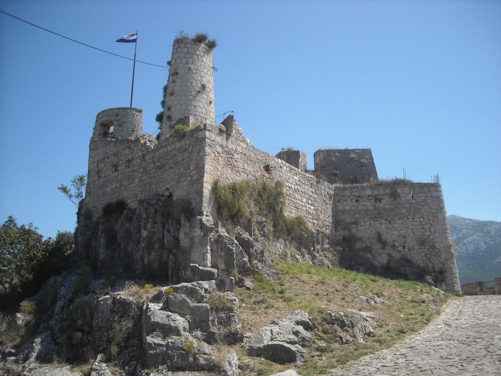 Bisanzio la fortezza di clissa klis for La fortezza arredamenti commerciali