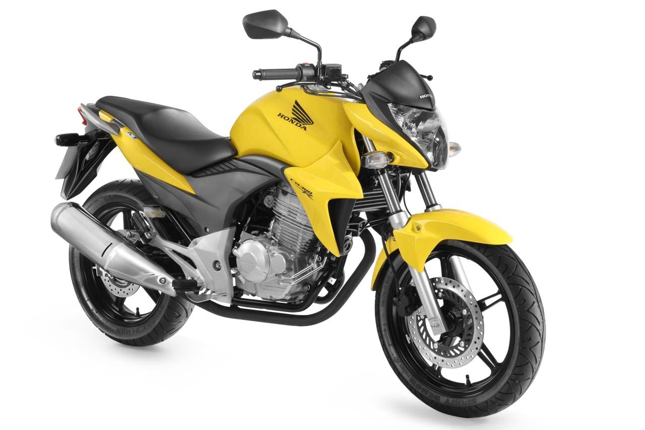 http://2.bp.blogspot.com/-cr88UvgSTwU/UNXAUe_4KMI/AAAAAAAAAMM/NX1kWjW5YQM/s1600/Honda-CB-300R-2013-02.jpg