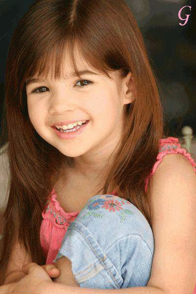 Cute Smile Kids Images-Girls Babies Pictures