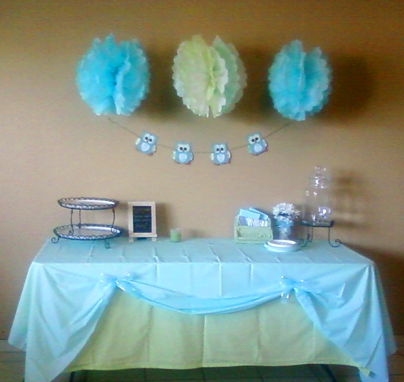 Delight inspired boy baby shower table decor for Baby shower decoration online