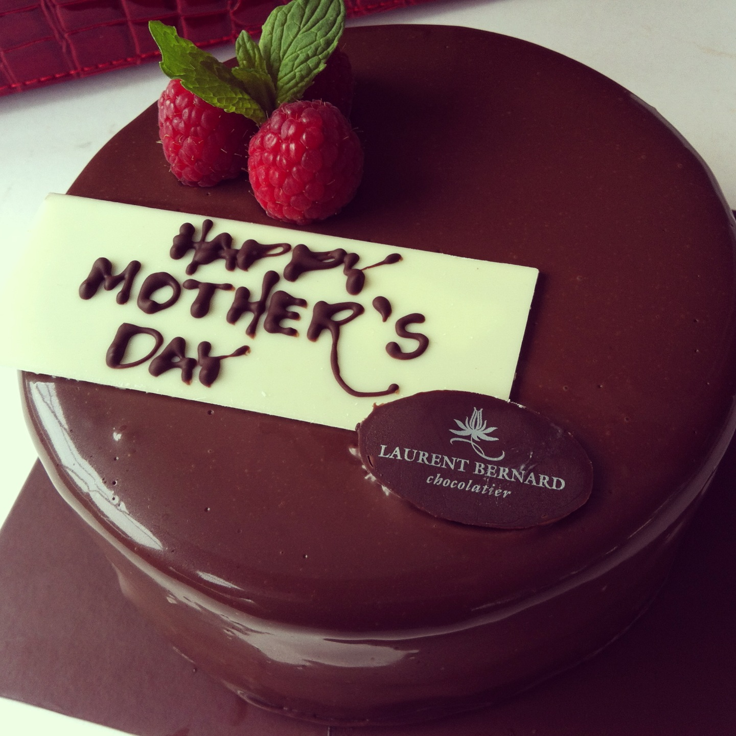 Celebrate Mothers Day With Laurents Cake