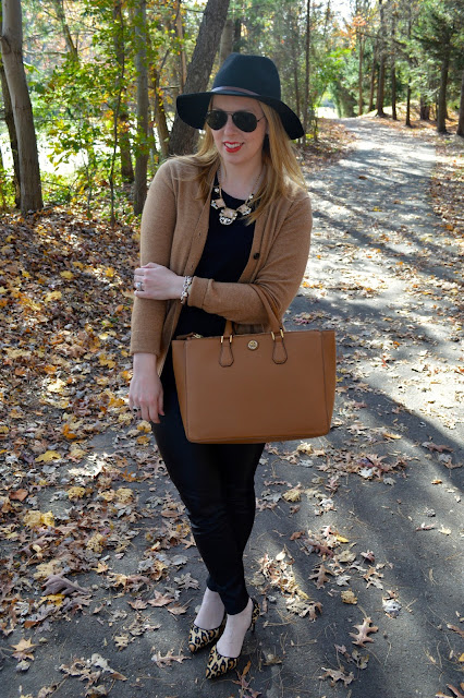camel-and-black-outfit