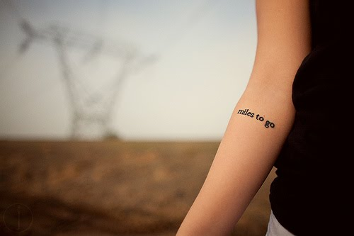 avt bras esprit tattoo  - tatouage phrase avant bras