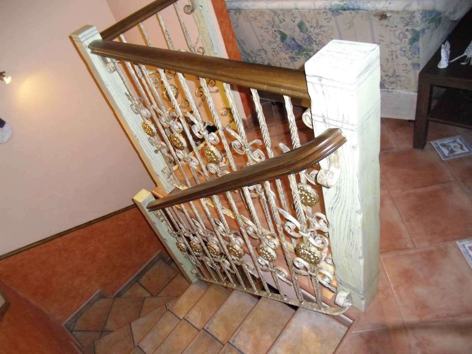 Carpinteria aguete pasamanos madera y forja - Pasamanos de madera para escaleras ...