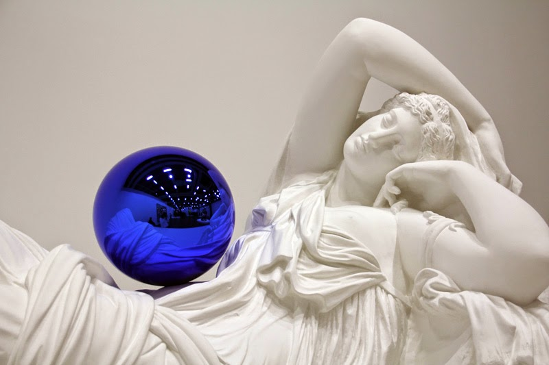 "Jeff Koons ""Gazing Ball"""