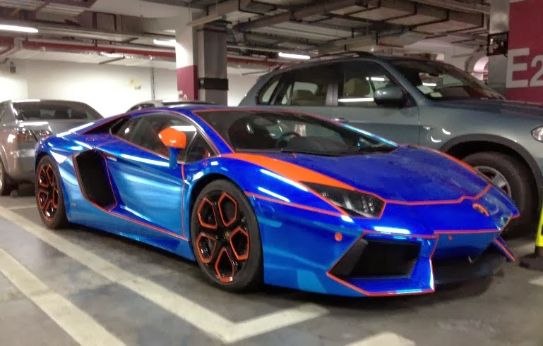 chrome blue aventador trying the tron theme. Black Bedroom Furniture Sets. Home Design Ideas