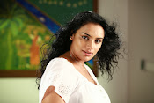 Swetha Menon latest Hot pics from Malleteega-thumbnail-11