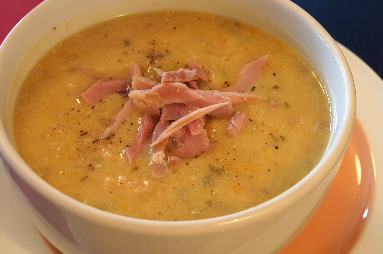 ... Ginger: Tonight's Dinner : An oldie - Slow Cooker Split Pea & Ham...