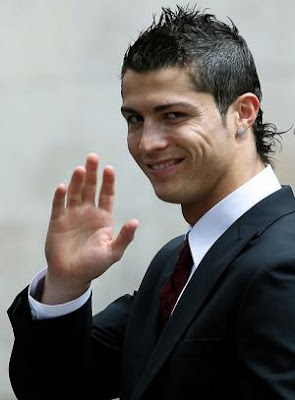 CRISTIANO RONALDO COOL HAIRSTYLE