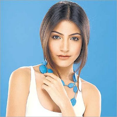 Anushka Sharma 3