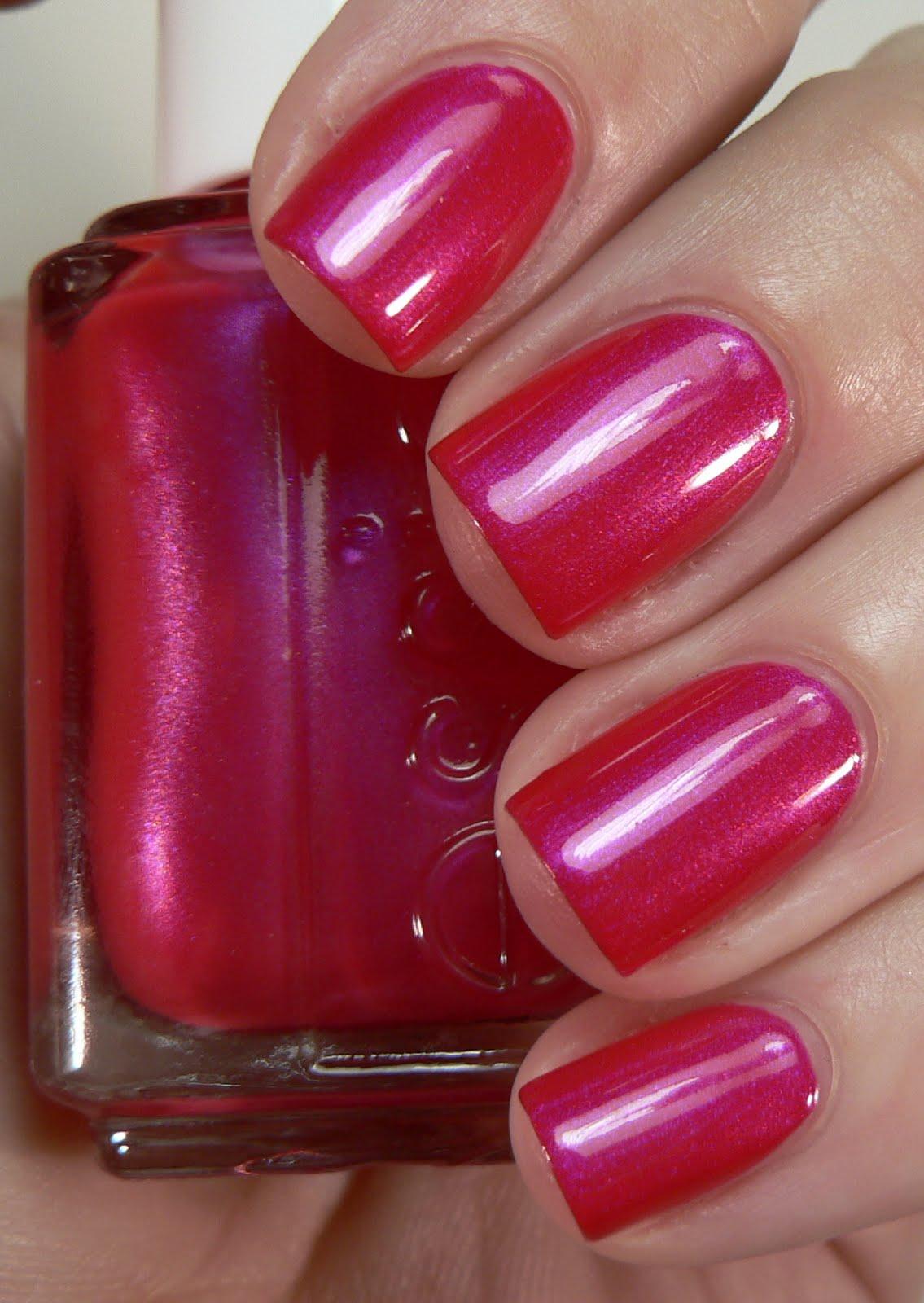 Лак для ногтей малиновый цвет фото