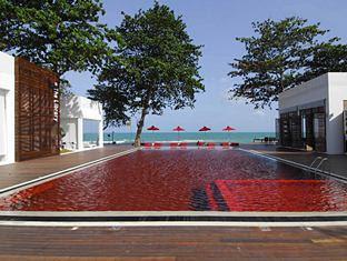 piscina vermelha
