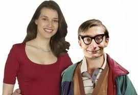 mujer guapa con marido feo