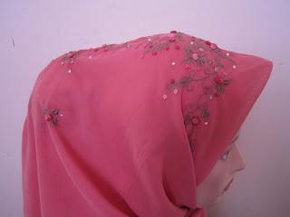 tudung bawal sulam crown pink belacan