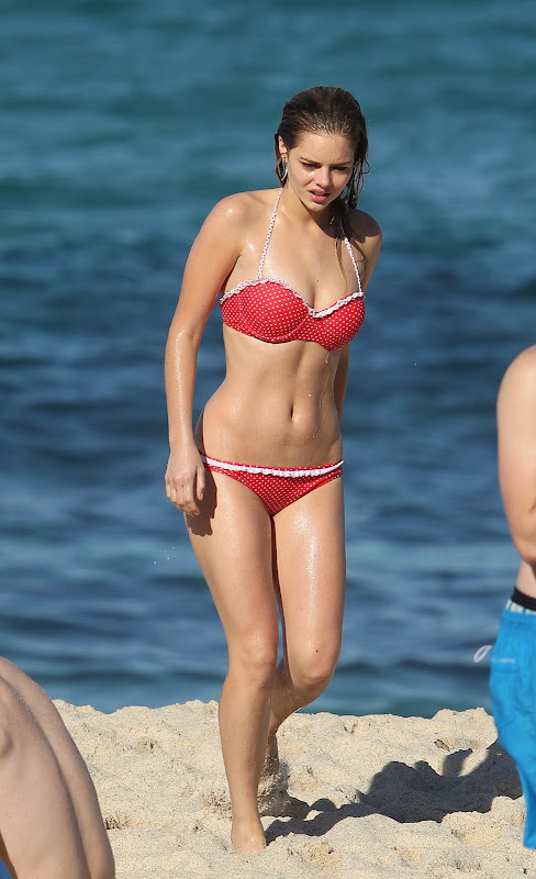 Samara Weaving in a Red Polka Dot Bikini