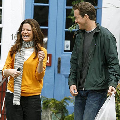Sandra Bullockryan Reynolds on Sandra Bullock And Ryan Reynolds Planning A Secret Wedding   Amy