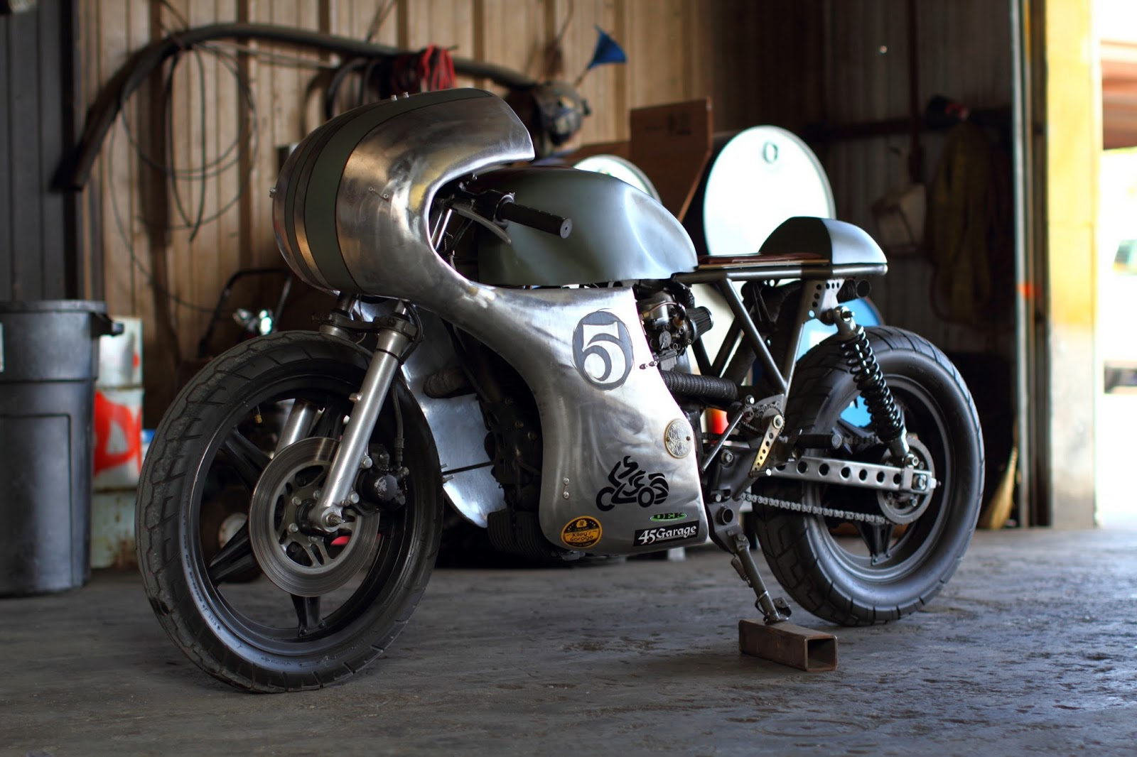 Junior Burrell Honda Cm400 Return Of The Cafe Racers