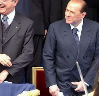 funniest pictures of celebrities: Silvio Berlusconi holds his cock