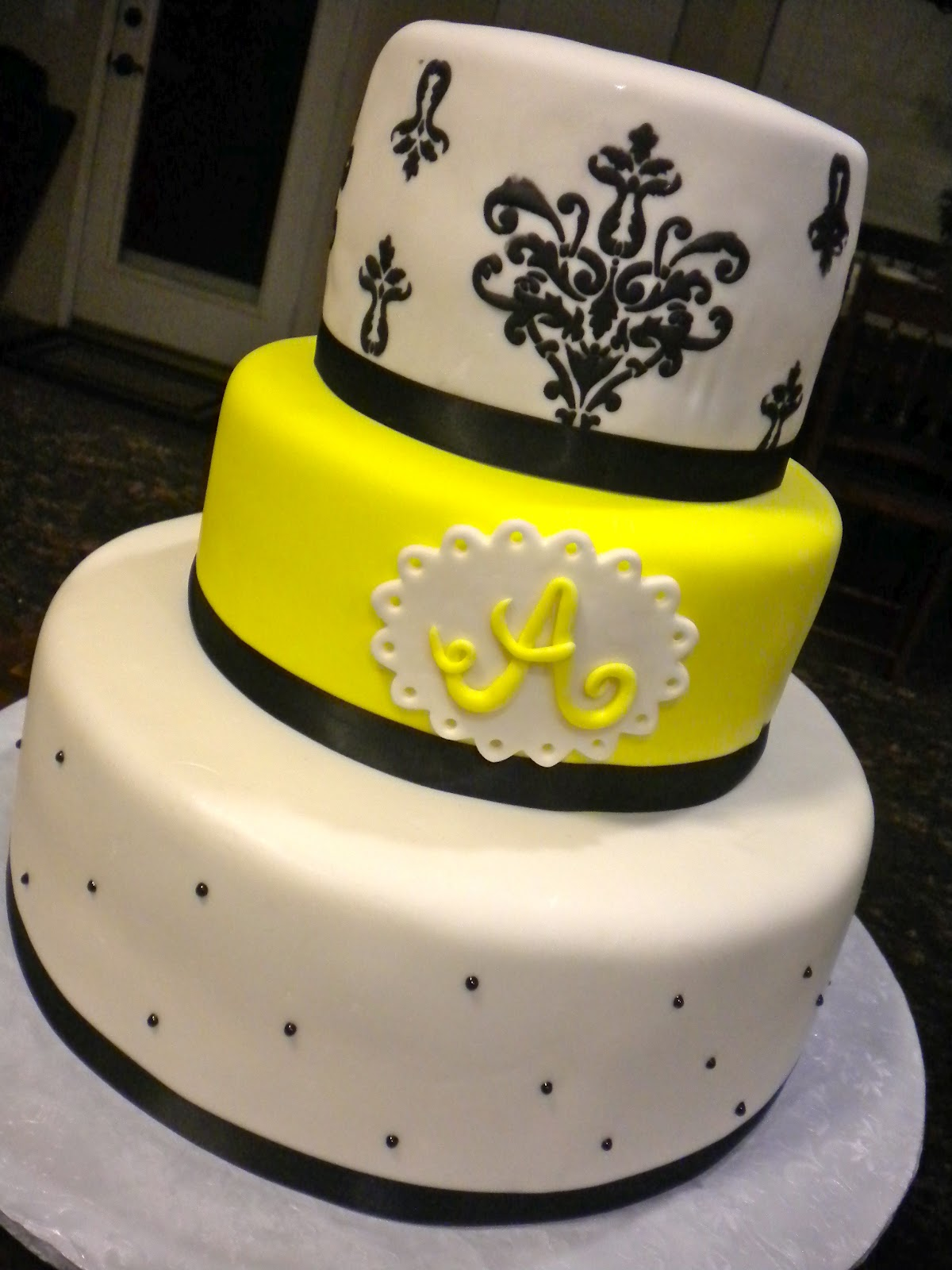 Caseys Sweet Creations Yellow And Black Baby Shower Cake