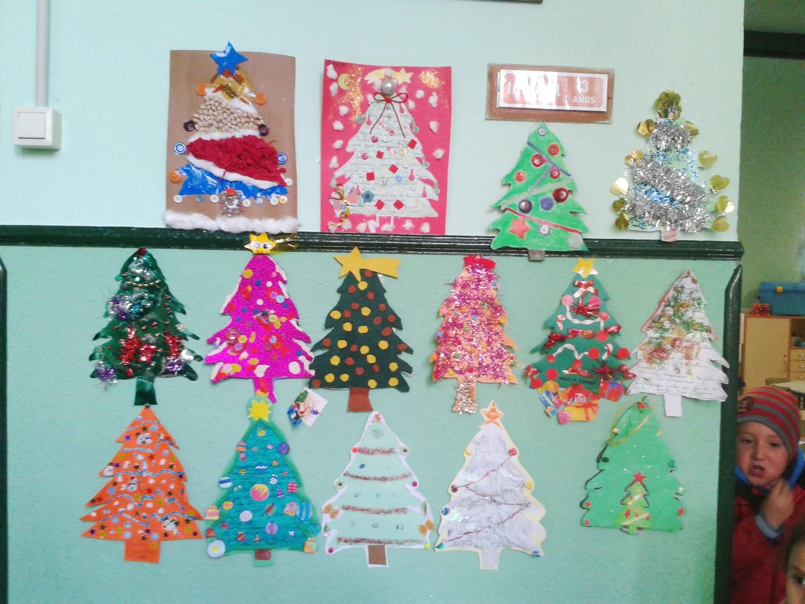 Los peques de feli rboles navide os - Mural navidad infantil ...