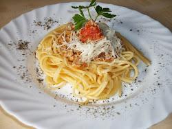 Kedd: Bolognai spagetti