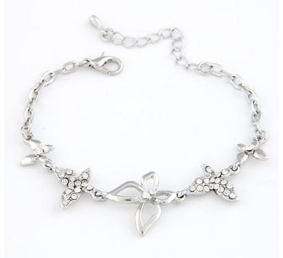 Aksesoris: Gelang Kupu-kupu Silver Permata (AHG-371)