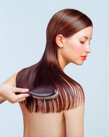 Au lavage les cheveux tombent fortement les cheveux que