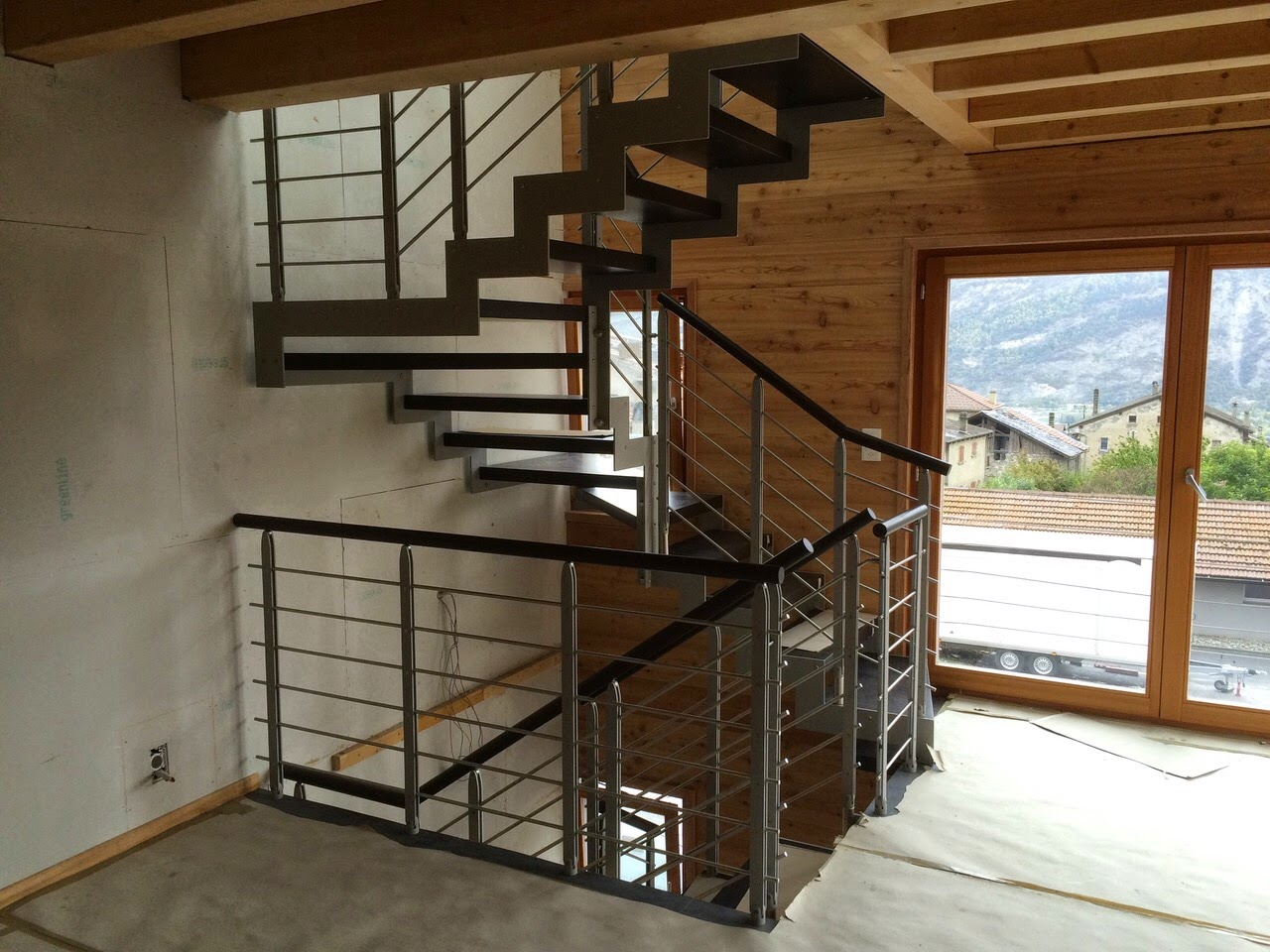 Image gallery escalier suisse - Escalier colimacon prefabrique ...