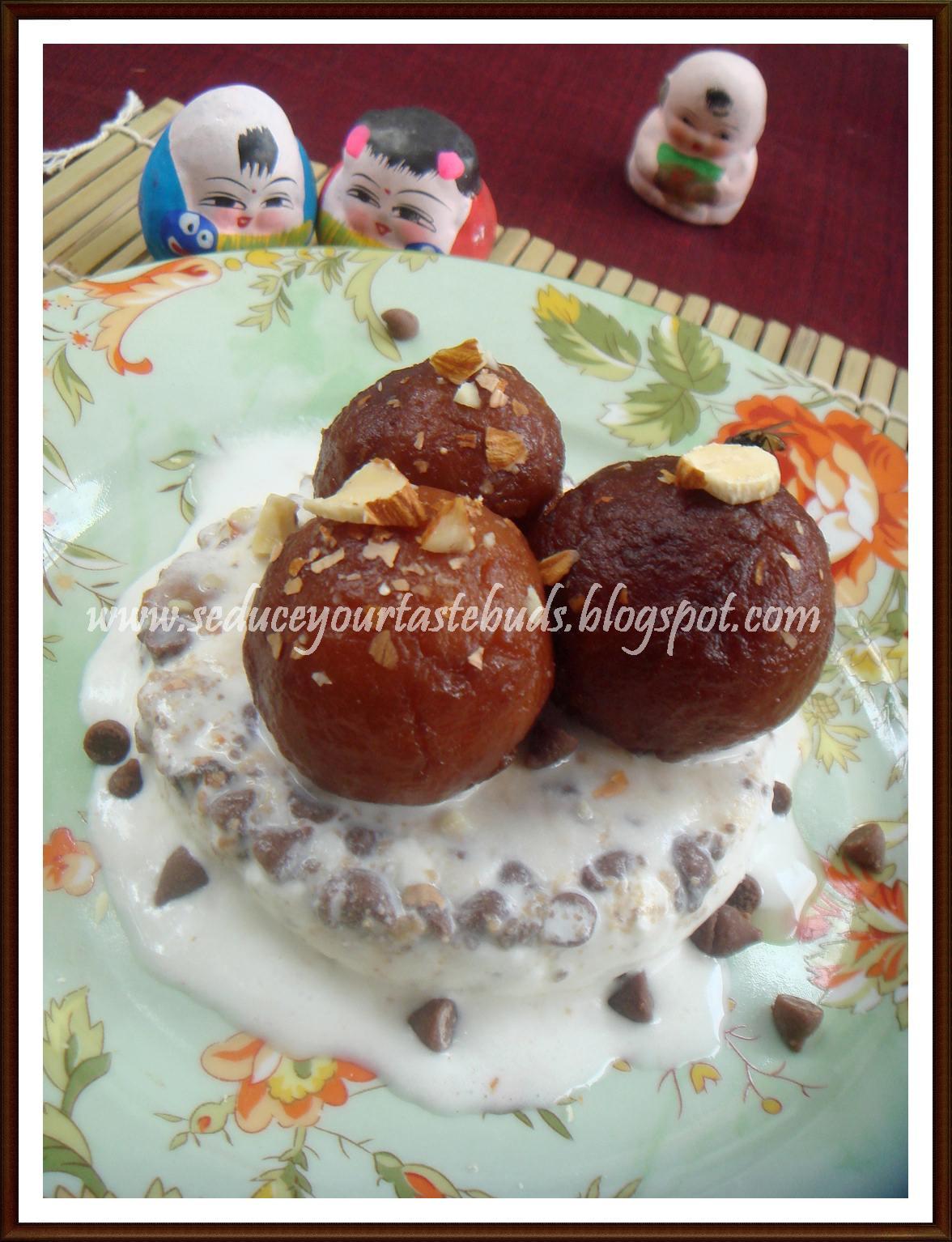 Seduce Your Tastebuds...: Chocolate Jamuns and Choco- Vanilla Ice ...