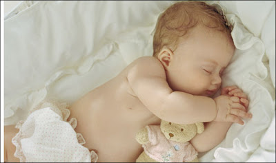 Cute little Kids Sleeping Images for free download