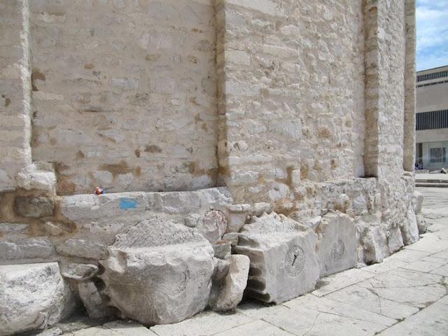 cimientos iglesia de San Donato en Zadar
