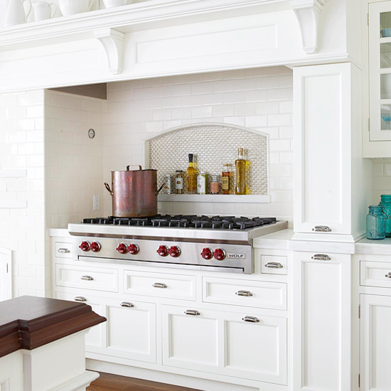 Kitchen Backsplash Behind Range: New Home Interior Design: Kitchen Backsplash Ideas: Tile