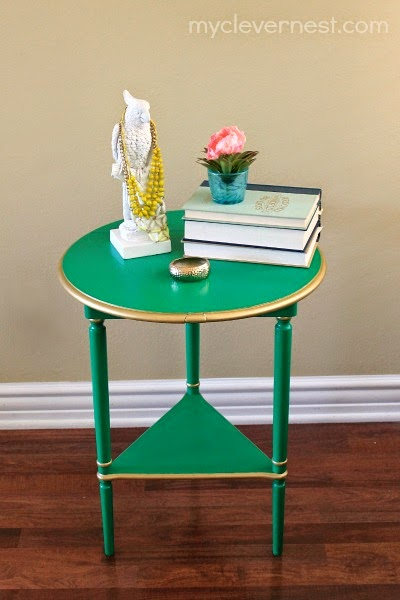Refinishing furniture using craft paint, pros and cons #kellygreen #clevernest #table #yardsale #gold #modern