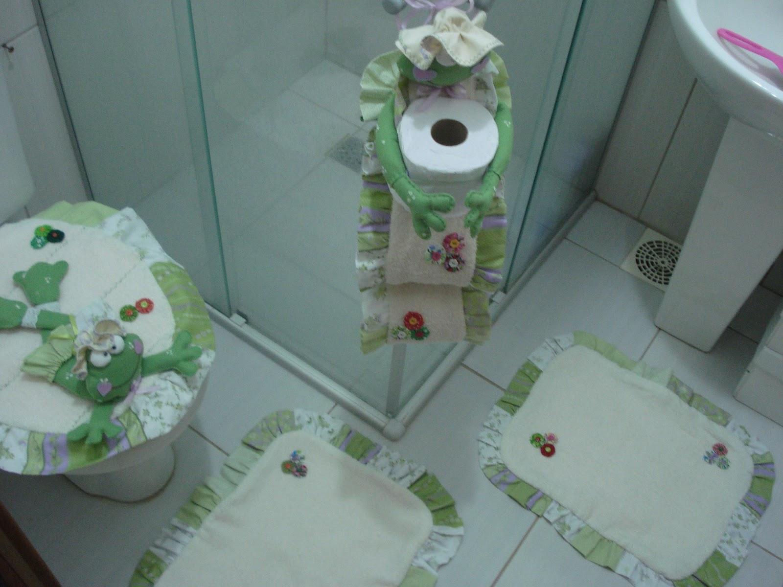 #643D39 GIRASSOL E CIA : CONJUNTO DE BANHEIRO SAPINHA 1600x1200 px Banheiro Decorado Com Tecido 3563