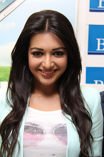 Actress Catherine Tresa Pictures in Skinny Jeans at BIG C Mobile Store Launch 0021.jpg