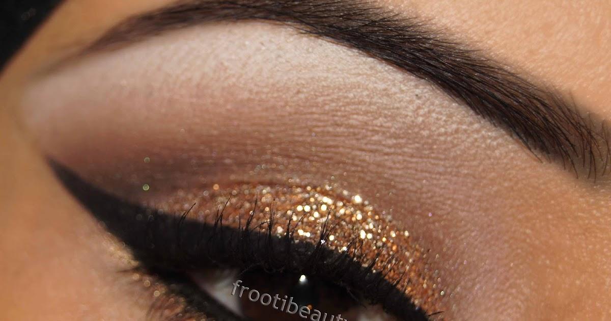 SAFIYAH TASNEEM : Gold Glitter Makeup Look