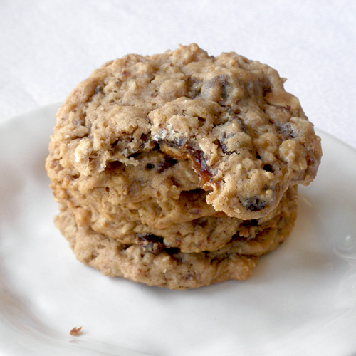 Food Pusher: Chewy Oatmeal Raisin Cookies