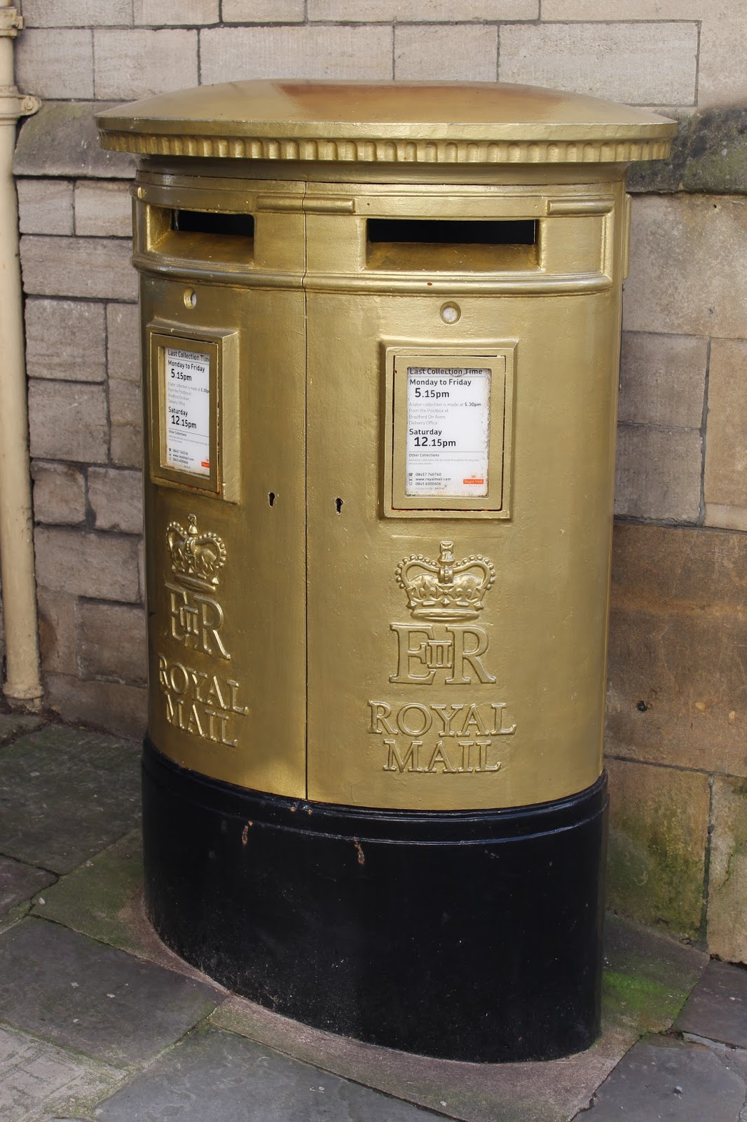 Gold postbox, Bradford on Avon
