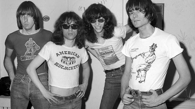 Formación original de los Ramones en sus comienzos