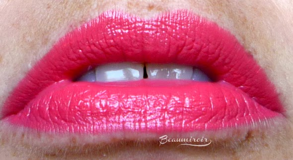 MAC Make Me Gorgeous Lipstick MAC Is Beauty Collection. Coral Lipstick. Lip swatch.