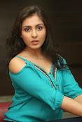 Madhu shalini new glamorous photos-thumbnail-12