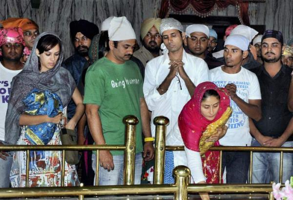 Kareena Kapoor Visit on Gurdwara Dukh Niwaran Sahib in Patiala Pics