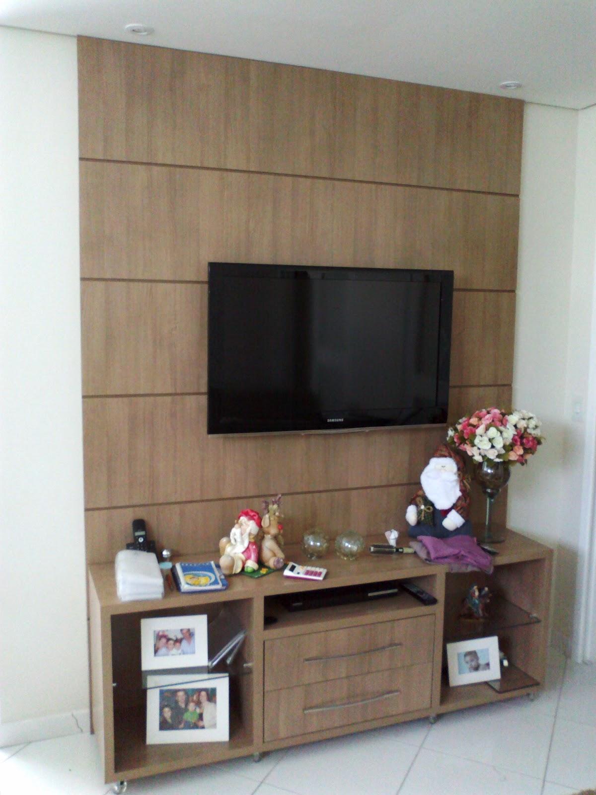 Vitória Móveis sob medida: Rack com painel para TV #634A3C 1200x1600